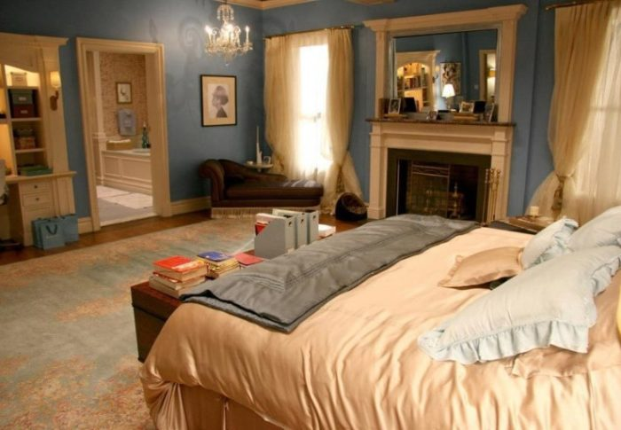 How to Get a Blair Waldorf Bedroom
