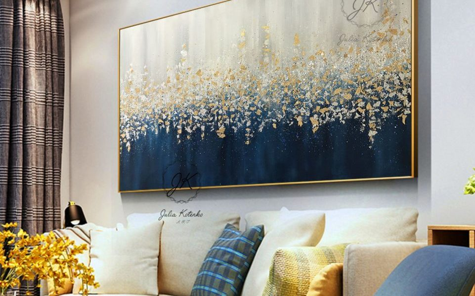 How to Decorate a Large Wall in the Living room